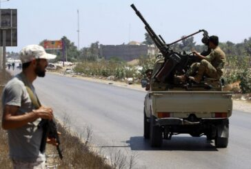 Armed groups clash near government HQs in Tripoli