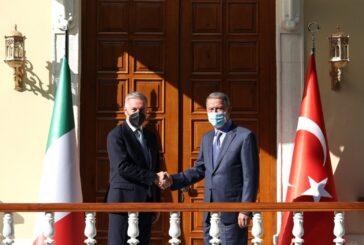 Italian defense minister, Turkish counterpart discuss Libya